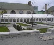 Festzelt 10 x 27 Meter mit Sprossenfenstern