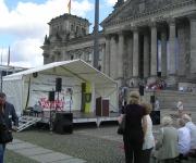 Bühne mit Festzeltüberdachung