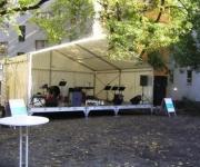 Bühne mit Zeltüberdachung 6 x 3 Meter